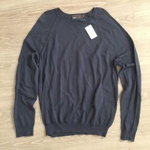 VINCE. NWT Mens 100% Wool Sweater Sz XL Blue Thin